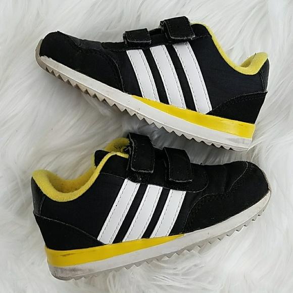 Le adidas bambini sui ragazzi neo scarpe 6 nero poshmark
